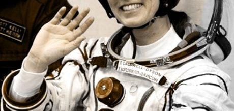 Feryne – Superheroes vs. Astronauts