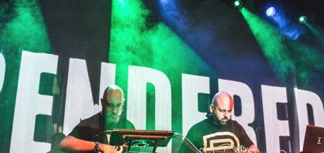 Mantis Radio 241 + RENDERED